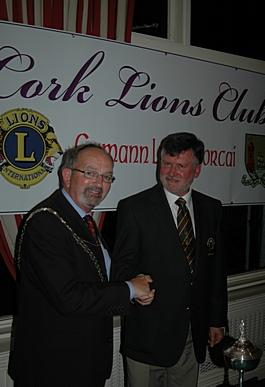 douglas golf club captain with chairman Pat O'Brien